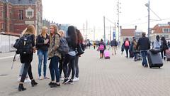 (Lin ChRis) Tags: tourist girls travel traveler holland netherlands trip   amsterdam