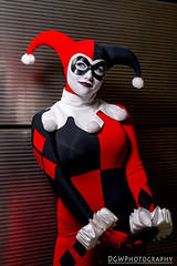 Classic Harley Quinn (dgwphotography) Tags: cosplay nycc nycc2016 newyorkcomiccon nikond600 nikoncls harleyquinn dccomics dc 70200mmf28gvrii