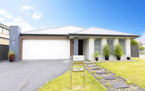 11 Deerubbin Drive, Glenmore Park NSW 2745