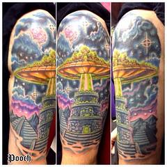 Ufo visitation over mayan observatory on Gabe #ufo #ufotattoo #spaceship #ancientaliens #tattoo #poochart #pooch
