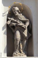 008920 - Praga (M.Peinado) Tags: canon praha praga escultura cruz crucifijo jesucristo chequia esko eskrepublika 2013 ccby r canoneos60d repblicachecha 06092013 septiembrede2013