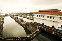 Canal do Panam (Bruno Farias) Tags: cruise canal ship navy cruising panama navio panamacanal everrocks obrunofarias