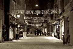 Ggaten (eirikj) Tags: christmas street snow norway canon lights december bergen ef 24105 60d