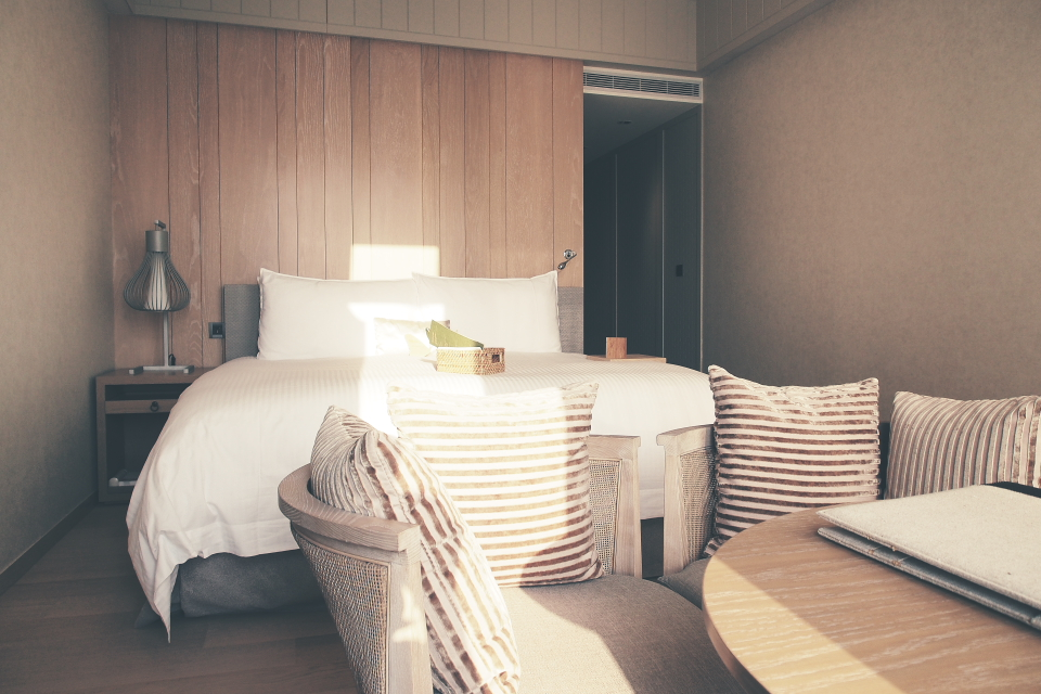 Room012.JPG