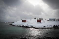 Fisherman hut by the sea (Marco Aguiar) Tags: cloud norway seaside  hut lofoten