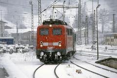 DB 110 282 - Garmisch-Partenkirchen (Neil Pulling) Tags: snow alps train bayern deutschland zug db alpine garmischpartenkirchen baureihe110 110282