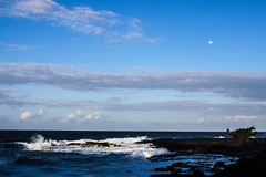 moon over the sea (island friend) Tags: hawaii bigisland