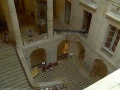 2009-08-18-11-36-30-4.jpg (martinbrampton) Tags: france bordeaux operahouse aquitaine grandtheatre august2009