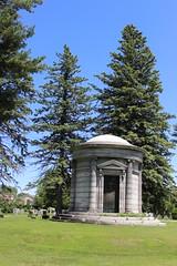 Riverfront Cemetery (pegase1972) Tags: usa ny cemetery us unitedstates newyorkstate cimetire