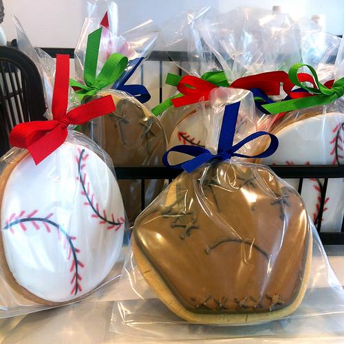 Baseballs and mitts sugar cookies