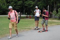 F-Projekt Lebenswelt(en) (Harald Reichmann) Tags: wien stadt park stadtpark pokemongo mensch person handy smartphone spiel lebenswelt training lifeskills