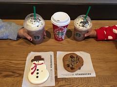 Starbucks treats (Anna Sunny Day) Tags: starbucks coffee cookie