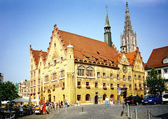 Ulm, Vroshza (ossian71) Tags: nmetorszg germany deutschland ulm plet building memlk sightseeing vroskp city medieval kzpkori vroshza rathaus