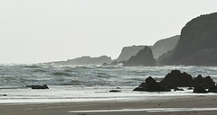 The lonely sea and the sky... (Edmund Shaw) Tags: mothecombe bay sea grey rocks coastal devon