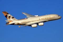 Etihad Airways  Airbus A380-861 A6-APG (widebodies) Tags: london heathrow lhr egll widebody widebodies plane aircraft flughafen airport flugzeug flugzeugbilder etihad airways airbus a380861 a6apg