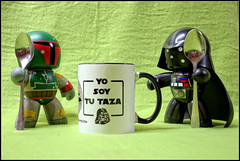Discusiones matinales... (mike828 - Miguel Duran) Tags: toy juguete mug taza figura figure mighty muggs starwars star wars sony rx100ii mk2 rx100m2