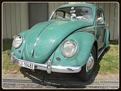 VW Beetle, 1959 (v8dub) Tags: vw volkswagen fusca maggiolino käfer kever beetle bug bubbla cox coccinelle schweiz suisse switzerland german pkw voiture car wagen worldcars auto automobile automotive aircooled old oldtimer oldcar klassik classic collector