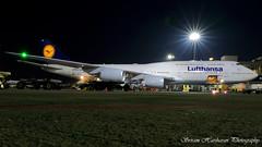 D-ABYH Lufthansa Boeing 747-830 - cn 37832 / 1472 (Sri_AT72 (Sriram Hariharan Photography)) Tags: lufthansa boeing 747 7478 intercontinental dabyh thuringen lh756 lh dlh vabb bom csia mumbai chhatrapati shivaji international airport santacruz plane spotting aviation photography airside night passion ramp access avgeek geek october 2016