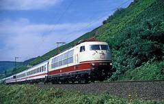 103 184  bei Spay  18.08.05 (w. + h. brutzer) Tags: spay eisenbahn eisenbahnen train trains elok eloks 103 e03 railway deutschland germany lokomotive locomotive zug db webru analog nikon