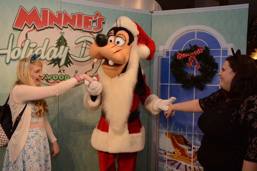 The worlds best photos of goofy and meet flickr hive mind hollywood studios elysia in wonderland tags disney world orlando florida elysia holiday 2016 m4hsunfo