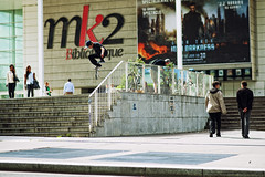 ?- flip over the rail (Adolfo Granado) Tags: paris rail flip