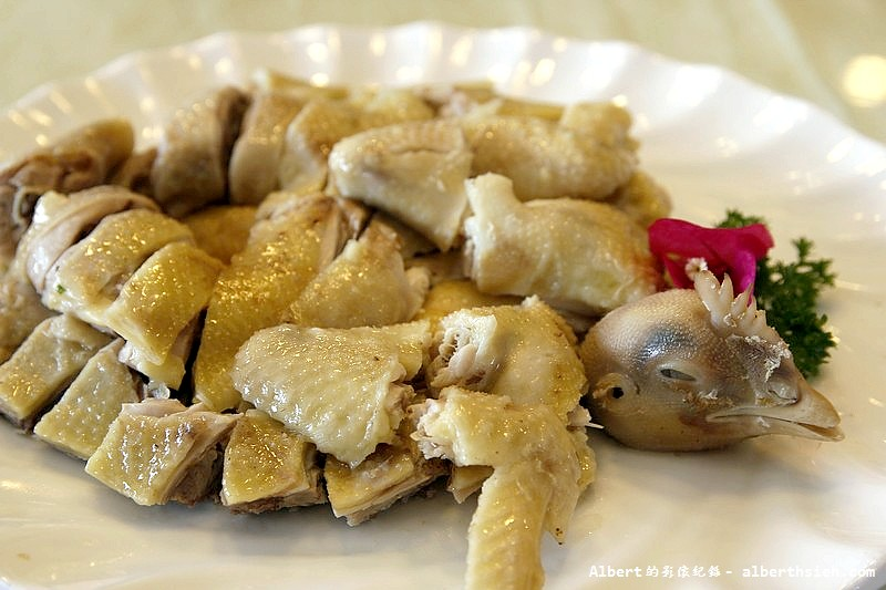 【東莞農家菜】廣東東莞.在水一方南部餐廳:「白切雞」