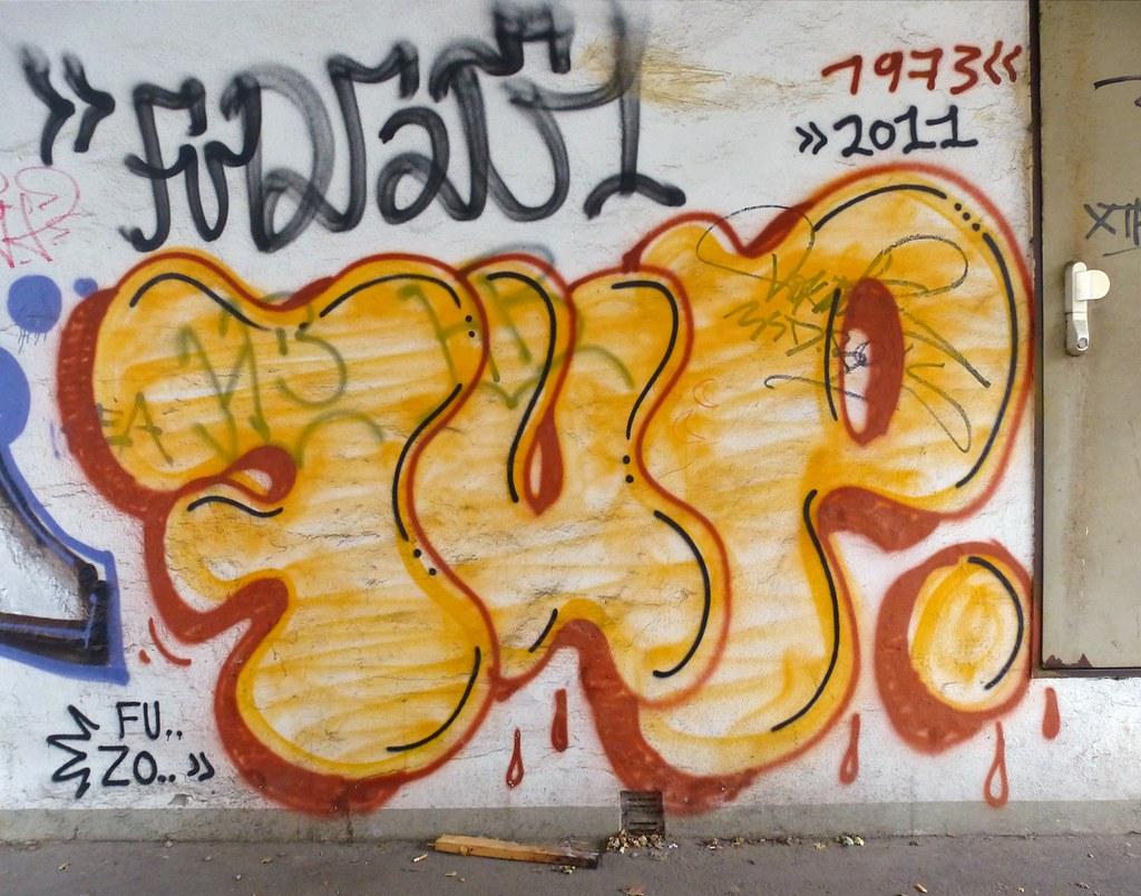 Txmx 2 tags graffiti hamburg 1973 7up sde ignorethetagsonwhitetheyarefromastupidflickrrobot