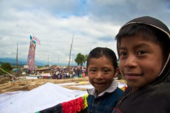 Prximos Hroes (pabesfu) Tags: naturaleza maya guatemala traditions turismo mayas cultura indigenas ancestros tradiciones mayans sacatepquez barriletes sacatepequez guatelinda visitguatemala papilotes