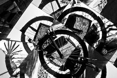 BICICLETA FRAGMENTOS -  (13) (ALEXANDRE SAMPAIO) Tags: light luz linhas brasil arte imagens bicicleta mosaico contraste fractal beleza colagem formas desenhos franca reflexos fantstico espelhos ritmo volume experimento criao detalhes montagem iluminao geometria realidade labirinto formao irreal cubismo tridimensional composio multiplicidade recortes criatividade estrutura imaginao esttica pontodevista possibilidade experimentao caleidoscpio fragmentos deformao inteno mltiplo fragmentao transcendncia irrealidade alexandresampaio intencionalidade bicicletafragmentos