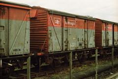 19910323 103 Carlisle London Road. BR 12T Vanwide VEA, B230172 (15038) Tags: wagon br trains goods van railways freight britishrail vea vanwide 230172 carlislelondonroad