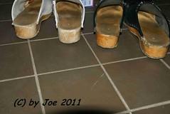 DSC09343 (Bluemscher) Tags: beautiful clogs mules woodenshoes klompen sabots zuecos zoccoli klogs holzschuhe holzschuh b400 berkemann clox holzklepper holzclogs klox kloks zoggeli holzlatschen töffler toeffler standardclogs holzsandale standardtoeffler walkonwood holzpantoffel holzklappern holzklepperle