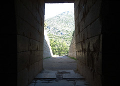 Looking out from the threshold, Treasury of Atreus