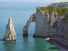 El ojo de la aguja (Patataasada) Tags: sea costa france coast mar clift francia etretat acantilados paysdecaux normandía