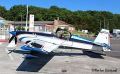 Extra 330 SC (Marlon Cocqueel) Tags: extra 330 avion de voltige aérienne aérodrome lens stage pilote airplane marlon cocqueel