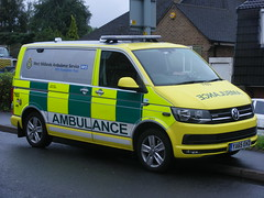 4981 - WMAS - YA65 EKD - 002 (Call the Cops 999) Tags: uk united kingdom gb great britain england 999 112 emergency service services vehicle vehicles battenburg