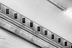 obliqe 3 (LinusVanPelt ) Tags: metro transportation tube city oblique bw gdg uk london londra england regnounito gb