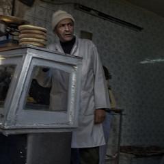 Moroccan (Julio Lpez Saguar) Tags: aprobado juliolpezsaguar marruecos morocco lemaroc calle street tienda shop urbano urban medina fez hombre man