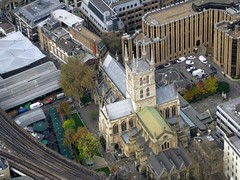 Southwark Cathedral from Shard (streetr's_flickr) Tags: theshardoflondon highrise panorama tallbuildings structures architecture london city southwarkcathedral boroughmarket railwaytracks viaducts