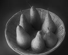 (Wendy:) Tags: pears conference mono basket fruit nik silvereffectspro