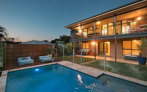 11 Donegal Court, Banora Point NSW 2486