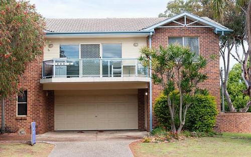 1/3 Messines Street, Shoal Bay NSW 2315