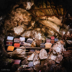 The Final Rest (Collin Key (away)) Tags: londa burialcave sulawesi indonesia coffin graveyard tanatoraja idn