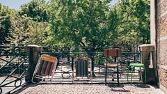 Guimaraes#01 (j_bypass) Tags: travel portugal fujifilm fujix30 fujifilmx30 fujistas esfujifilmx x30 viaje guimaraes street streetphotography calle sillas silla chair