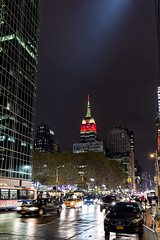 ESB on Autumn Night (Wallace Flores) Tags: nikon d4s nyc midtown esb empirestatebuilding newyorkcity architecture city skyline outdoor