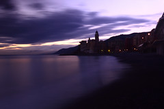 long exposure in Camogli 's beach (moniq84) Tags: longexposure camogli genoa liguria italy seascapes clouds beach