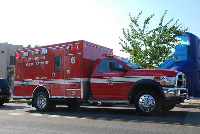 rescue truck la losangeles pickup lafd ambulance dodge ram paramedic ems emt koreatown 3500 losangelesfire