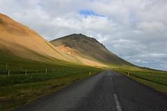 Axlarhyrna (tontonfranck) Tags: iceland snfellsjkull islande snfellsnes axlarhyrna route54 canon550d snaefellsnesvegur breavk