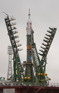 Expedition 27 Soyuz Rollout