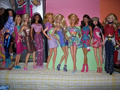 GIRLFRIENDS! (JBMDOLLS) Tags: b toys doll dolls barbie collection collectables toyroom barbiehouse dollcollection dollroom toycollection