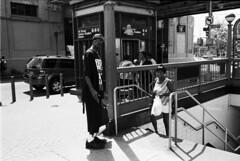 Bronx - NYC (Fred Abrantes) Tags: street leica nyc film 35mm bronx pb